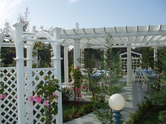 Cypress Garden at Edwards Mansion